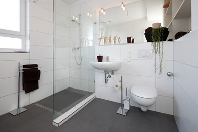 ratgeber wohnen im alter komfort ohne barrieren. Black Bedroom Furniture Sets. Home Design Ideas